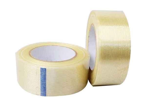 两卷淡黄色玻纤布纤维胶带